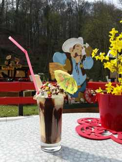 Minigolf Ranch Gera - lecker Eisbecher